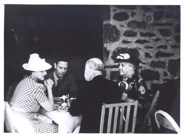 George VI at the picnic at Top Cottage, seated with Sara Delano Roosevelt (FDR's mother), New York Governor Herbert Lehman, and Elinor Morgenthau (wife of Treasury Secretary Henry Morgenthau, Jr.), June 11, 1939, Hyde Park, NY.