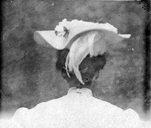 Bess Truman's hat, 1906. (Truman Library)