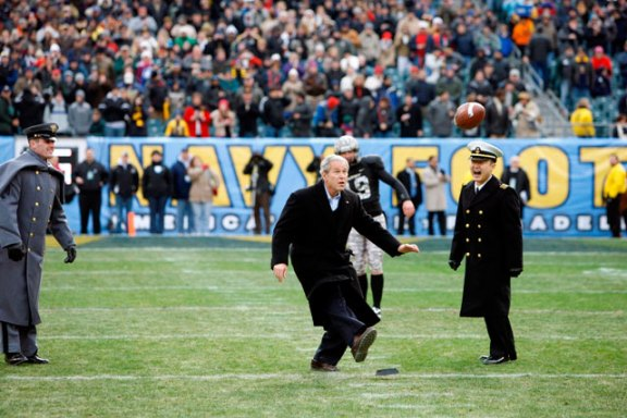 13_GWB_Army-Navy-Kick-Off