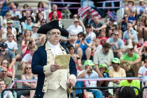 George Washington reads from the Declaration of Independence. Photos by Chuck Fazio for the National Archives.