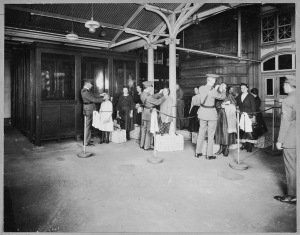 Ellis Island, N.Y. Line Inspection of Arriving Aliens, 1923 (National Archives Identifier 6116683)