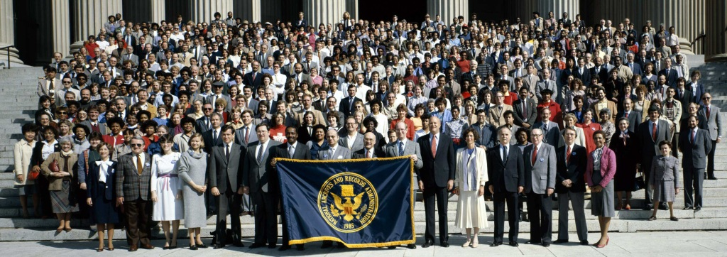 NARA staff in Washington, DC, gathered on the Constitution Avenue steps, April 1, 1985,  (Photo by Hugh Talman. Records of the National Archives)