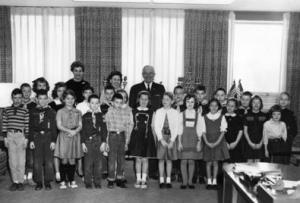 Photograph of Truman with a School Group at the Harry S. Truman Library, 2/27/1962. (Harry S. Truman Library)