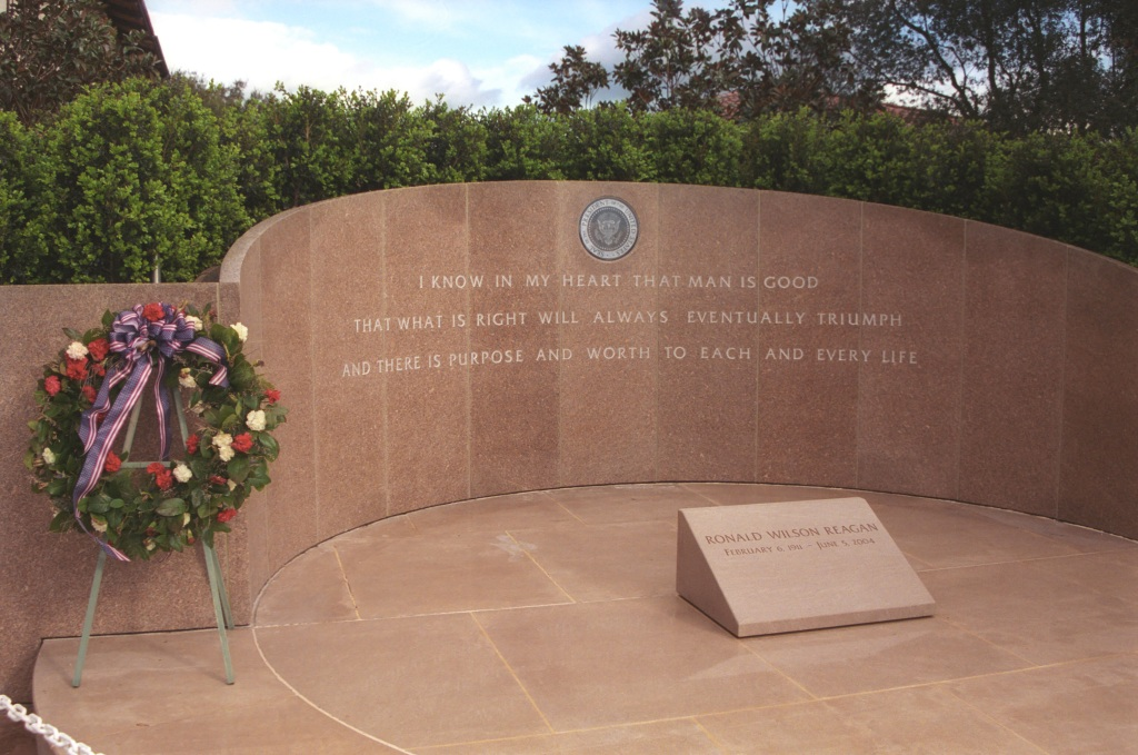 The Reagan Library Memorial Site Where President Reagan was Buried, June 11, 2004. (Ronald Reagan Presidential Library and Museum, National Archives)